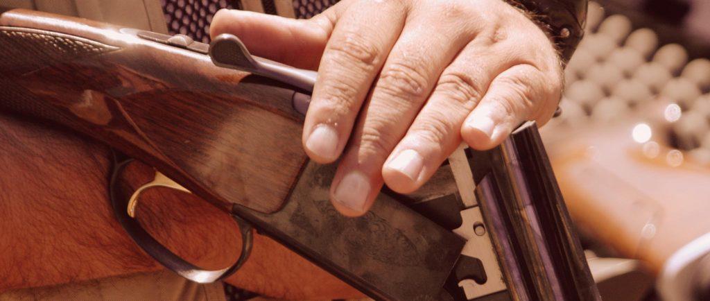 hand-over-gun